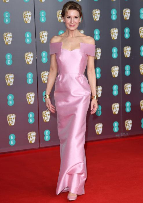 Mejores looks de la alfombra roja de los premios BAFTA 2020; Renée Zellweger, vestido rosa Prada