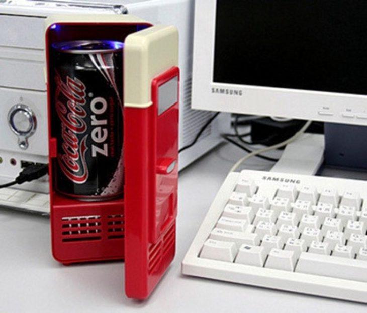 Minirefrigerador para escritorio