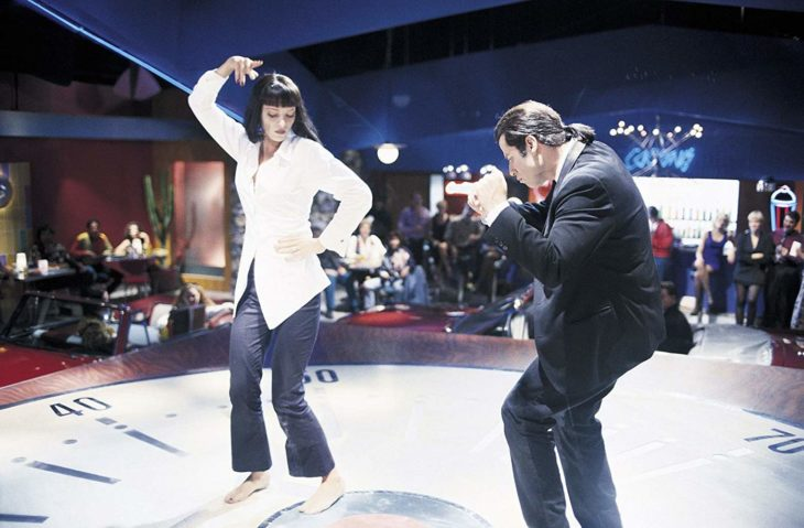 Escena de Pulp Fiction donde Mia y Vincent bailan en concurso