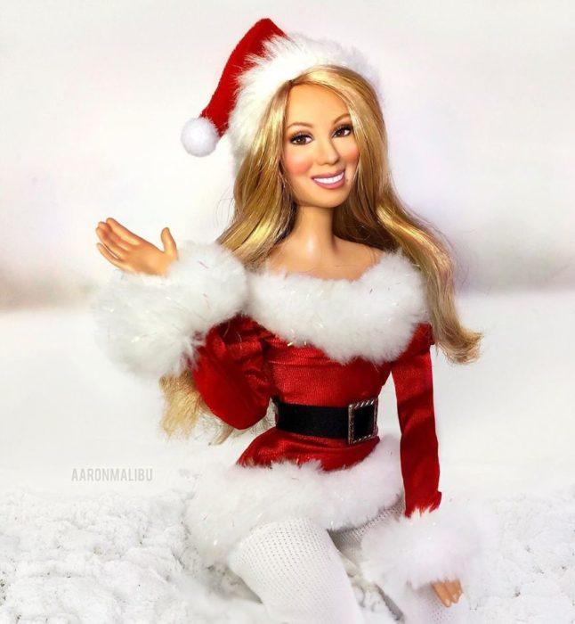 Muñecos Barbie utilizados para recrear Maria Carey