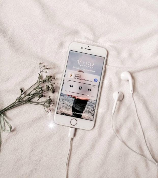 Regalos para darle a tu novio en San Valentín; playlist con canciones románticas