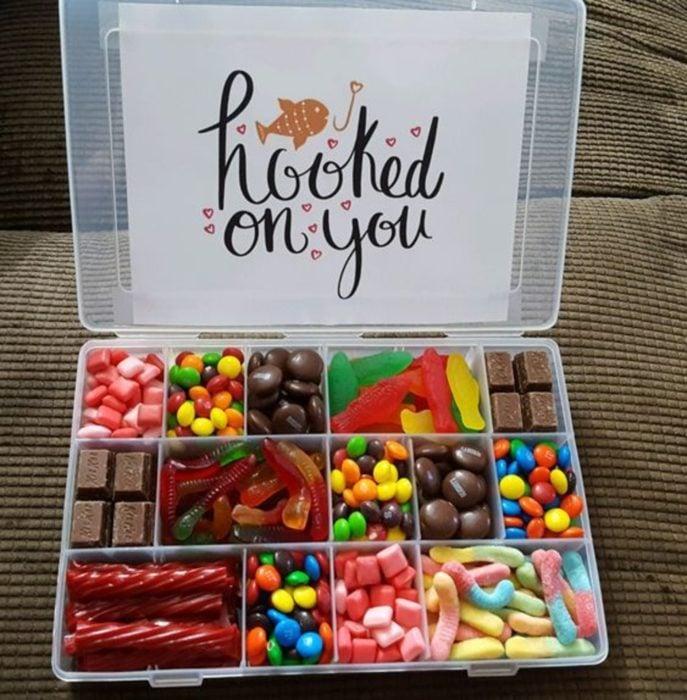 Caja de dulces con un mensaje de San Valentín