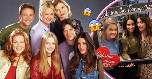 El elenco de 'Sabrina, la bruja adolescente' se reunió, y es un viaje a los 90