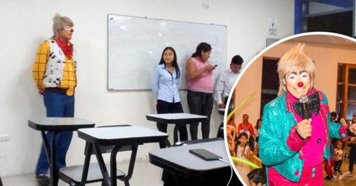 Estudiante de Derecho expone disfrazado de payaso y da una lección de superación
