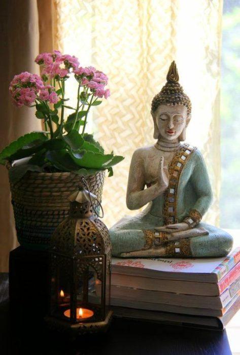 Adornos de un área de meditación
