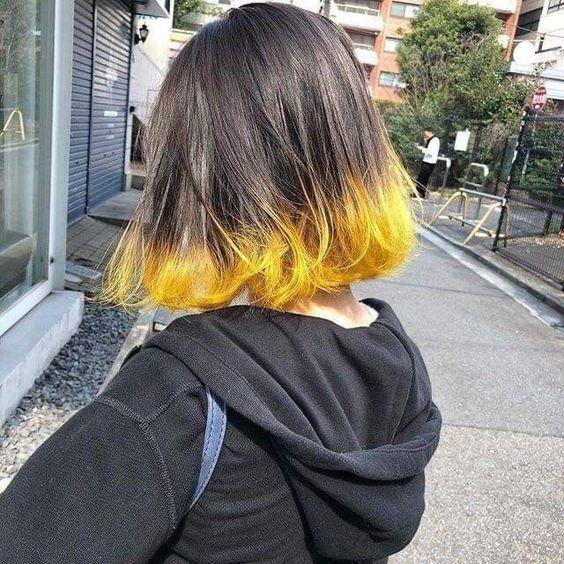 Melena con tono amarillo en las puntas