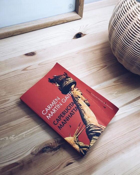 Libro Caperucita en Manhattan de Carmen Martín Gaite