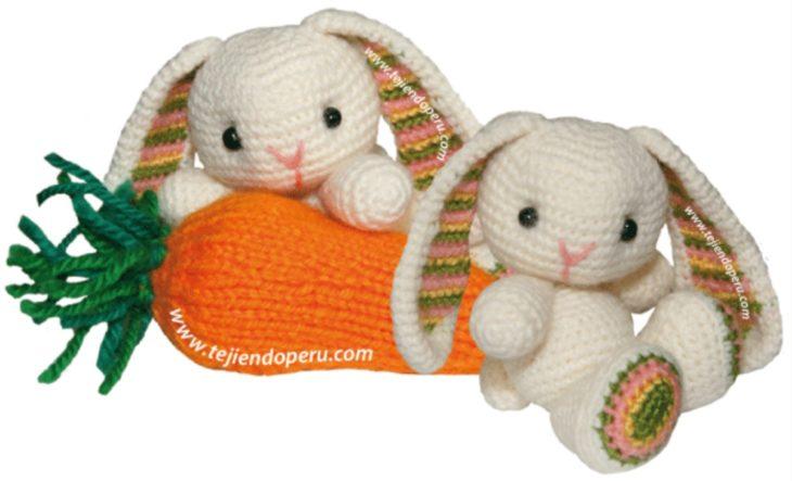 Conejtos y zanahoria tejidos a crochet