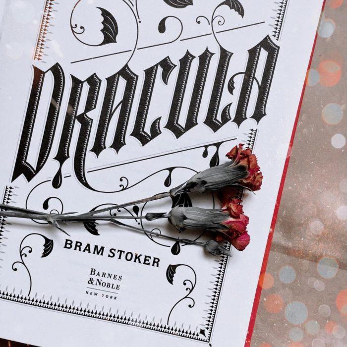Libro Draculo de Bram Stroker