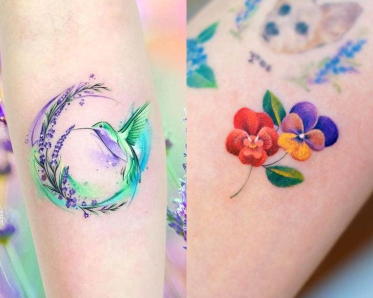 Estilos de tatuajes femeninos; tatuaje acuarela de colibrí y flores pensamientos