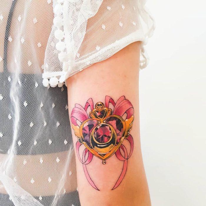 Tatuaje del eternal sailor de Sailor Moon
