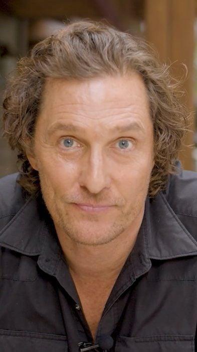 Matthew McConaughey enviando un mensaje alentador en instagram sobre el covid 19