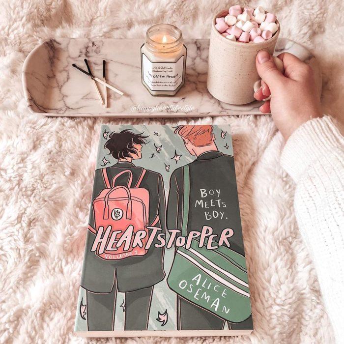 Libro Heartstopper de Alice Oseman