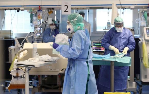 Personal de los hospitales en Italia ante el Covid-19
