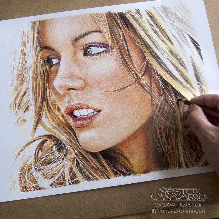 Dibujo creado con colores de Kate Beckinsale
