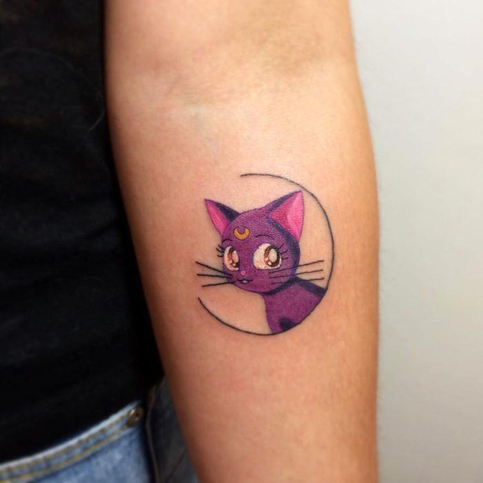 Tatuaje de Luna de Sailor Moon