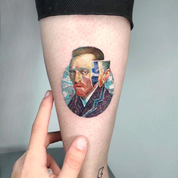 Minitatuajes realistas de Eden Kozokaro; Vincent Van Gogh