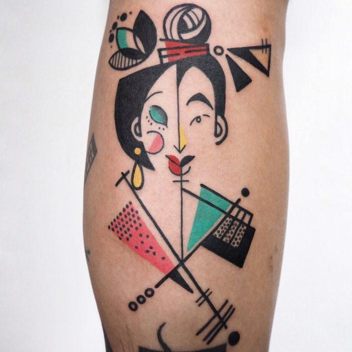 Tatuaje de la artista Moon Blue Ink del personaje de Mulan