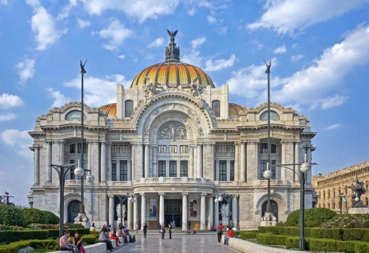 Fachada principal de Museo del Palacio de Bellas Artes