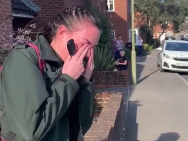 Paramédica Tayla Porter cuando sus vecinos reconocen su labor