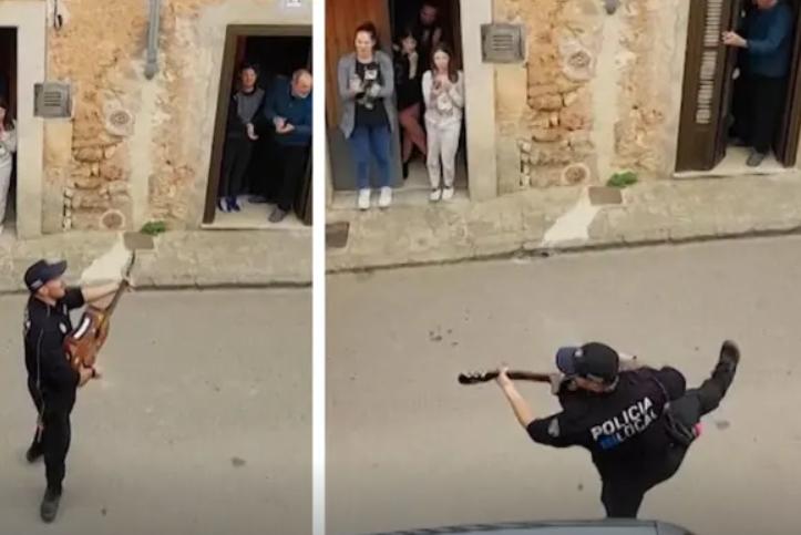 Fotografía de policía de Mallorca bailando y cantando