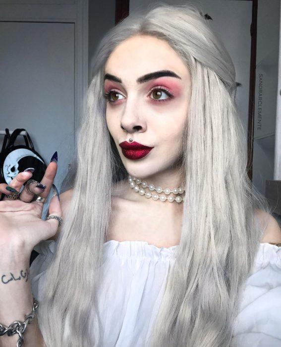 Recreación de maquillaje de la Reina Blanca