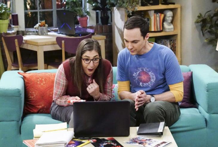 Escena de Sheldon y Amy de The Big bang theory