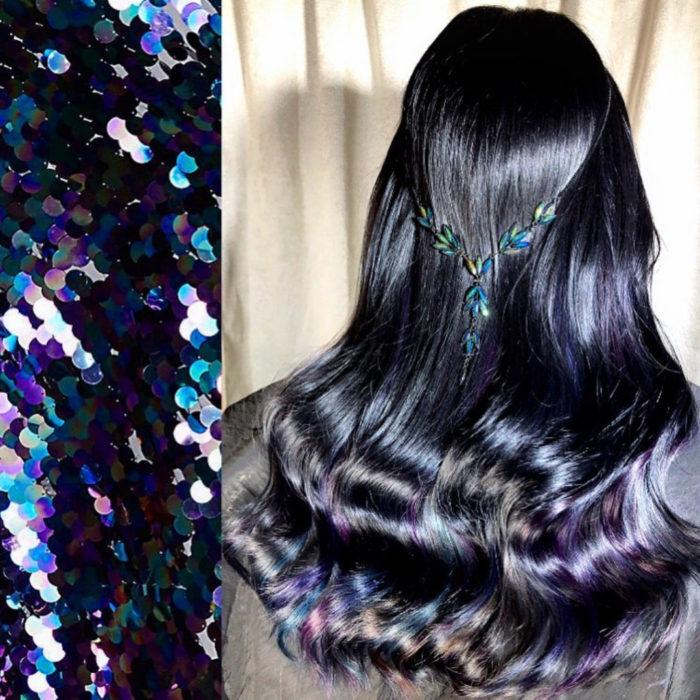 Ursula Goff, estilista crea tintes basados en naturaleza y obras de arte; cabello negro con destellos morados, rosas y azules, lentejuelas