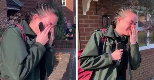 Paramédica llora tras recibir aplausos de sus vecinos por combatir el coronavirus