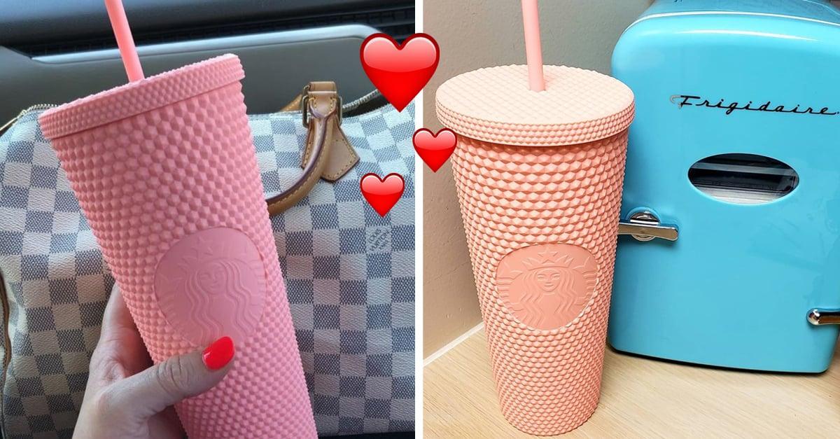 Starbucks lanza un vaso rosa mate e internet está obsesionado