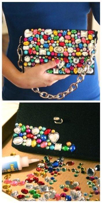 Bolsa decorada con piedras de cristal