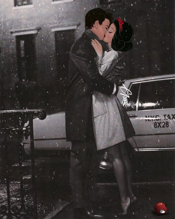 Blanca Nieves y el Príncipe besándose al estilo de Breakfast at Tiffany's