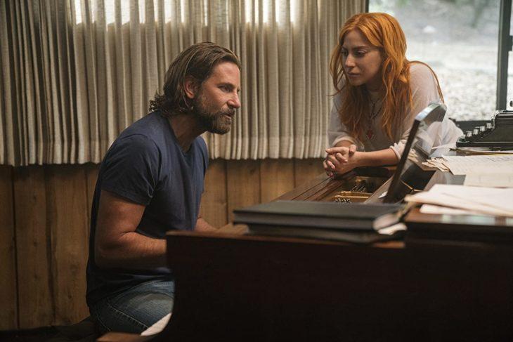 Escena de la película Nace una estrella en la que participan Bradley Cooper y Lady Gaga