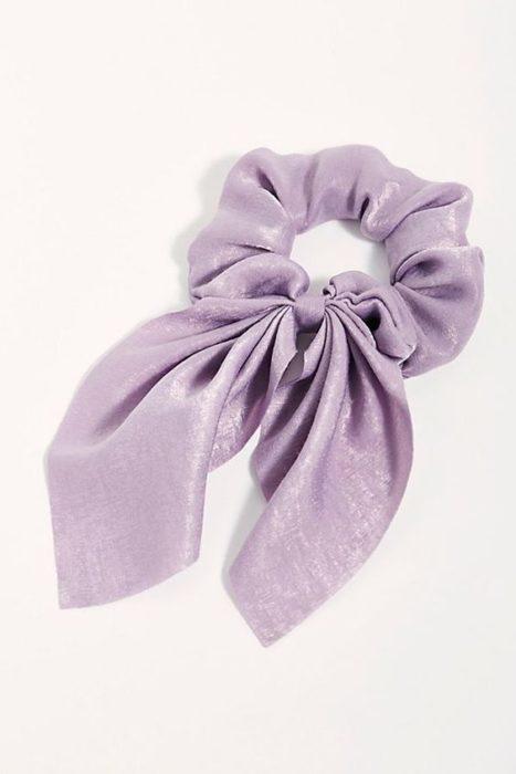 Coletero lila con lazo pequeño