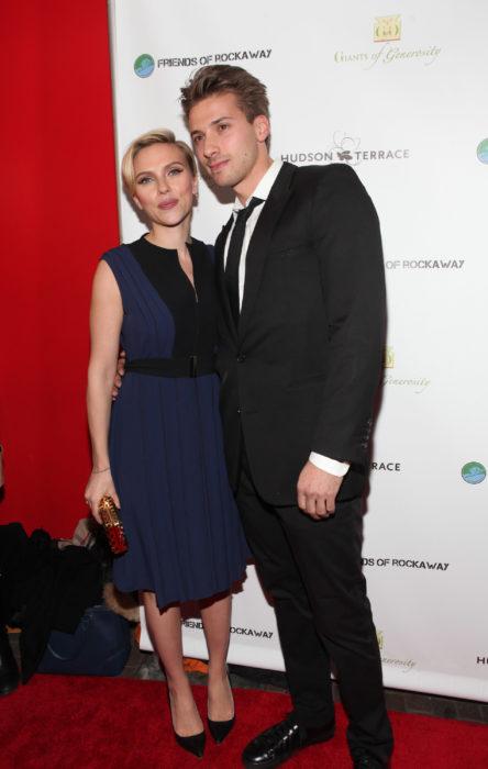 Scarlett y Hunter Johansson en la alfombra roja de los premios Óscar