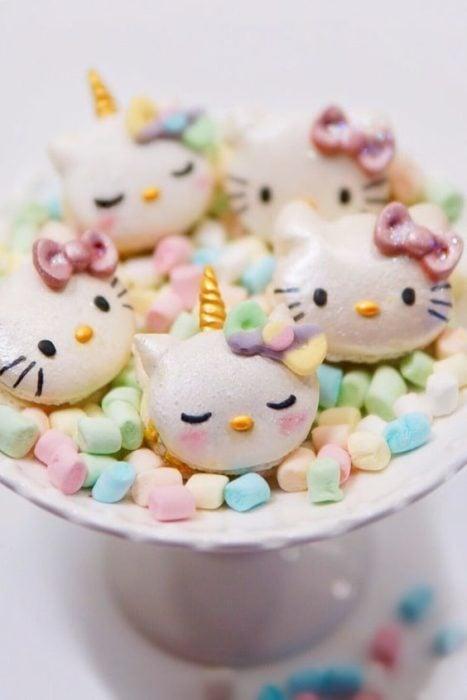 Turrones en forma de Hello Kitty
