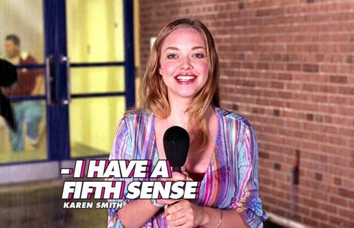 Escena de Chicas pesadas, Karen Smith hablando de su quinto sentido