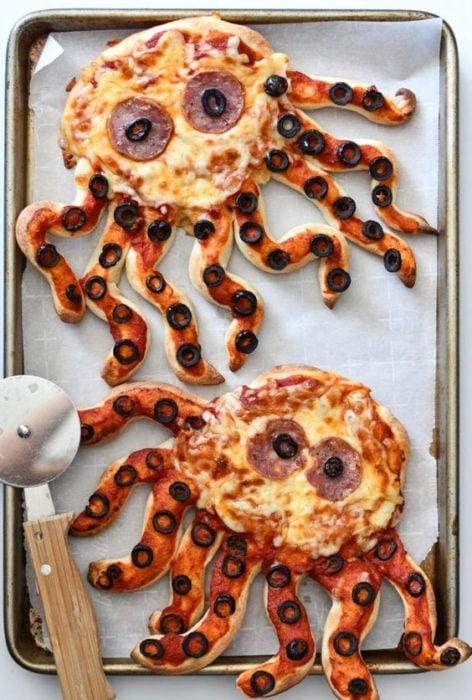 Pizzas con forma de pulpos