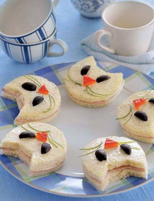 Sandwich mini en forma de gatitos