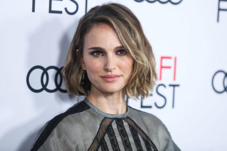 Natalie Portman en una alfombra de festival de cine