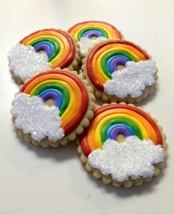 Galletas para festejar el día del niño de arcoíris