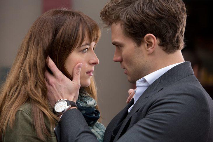 Escena de la película 50 Sombras de Grey en la que participan Jamie Dornan y Dakota Johnson