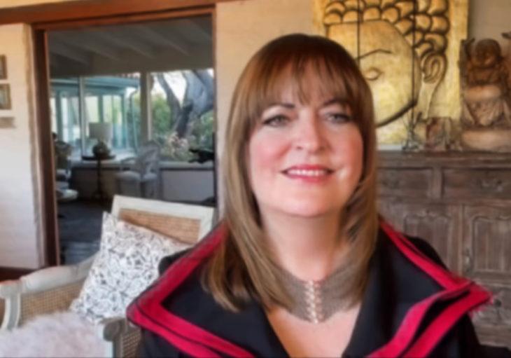 Elenco de La Niñera se reúne virtualmente; Ann Hampton Calloway, compositora