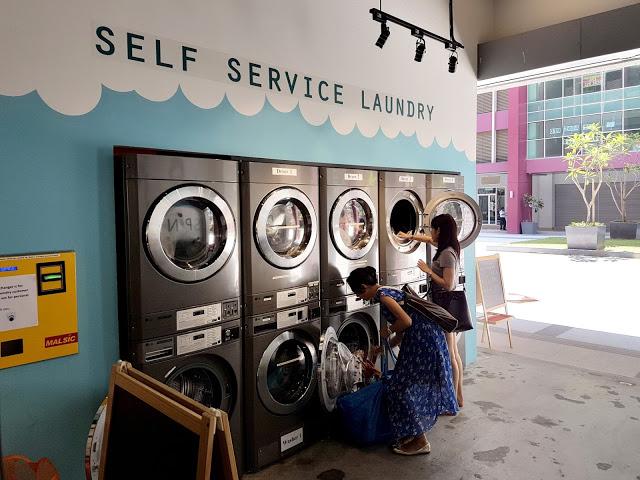Mujeres en la lavandería
