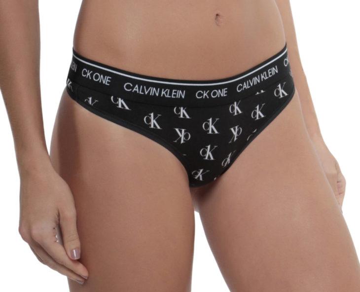 Pantis Calvin Klein negra con logotipo
