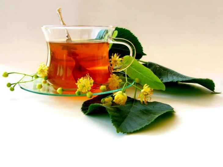 Chamomile and mint tea