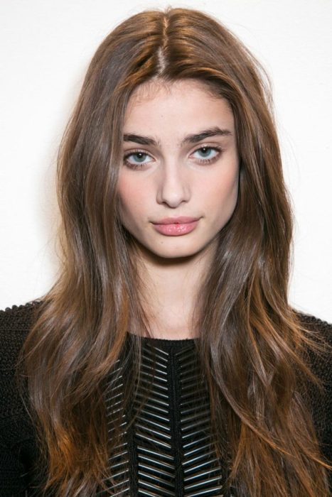 No make up make up resaltandocejas y labios