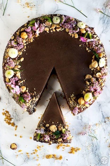 Pastel del día de las madres una tarta de chocolate
