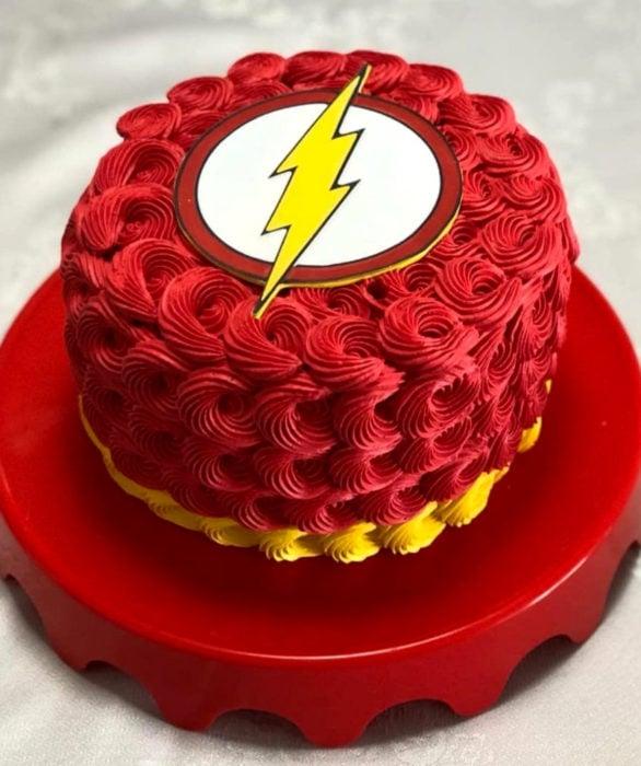 Pastel infantil de Flash para el Día del Niño