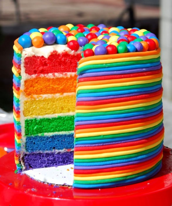 Pastel infantil de arcoíris para el Día del Niño